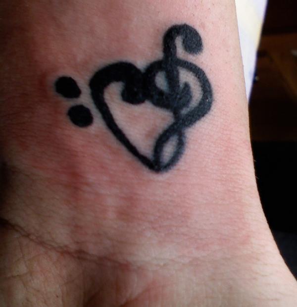 Mi Music Note Heart Tattoo Thing On Wrist Tattoomagz