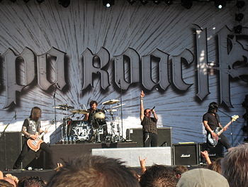 English: Papa Roach performing at the Zwarte C...