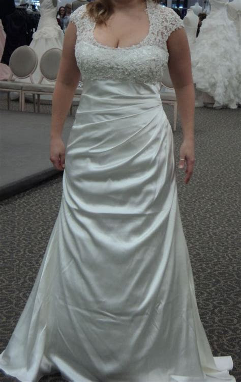Cleavage in my wedding dress