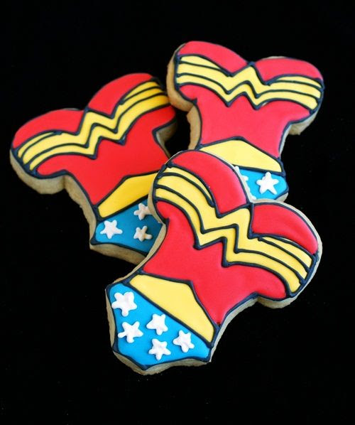how to make Wonder Woman cookies!