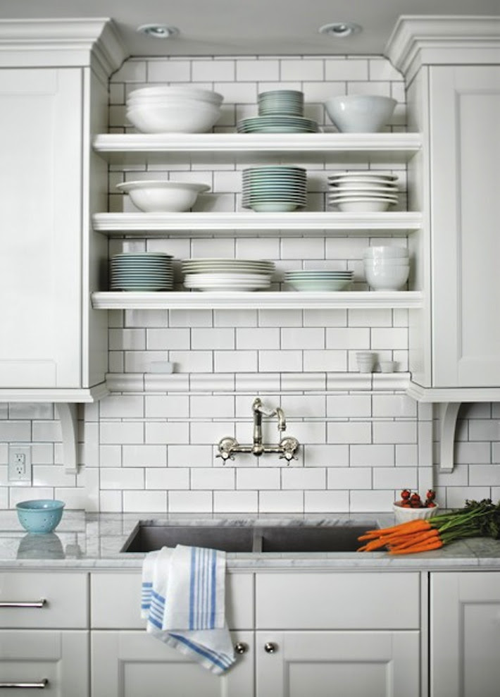 5 Space Saving Tips for Small Kitchens | HomeJelly
