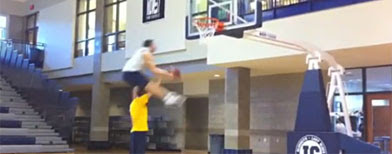 Jacob Tucker hurdles a man on way to the basket (Y! Sports screengrab)