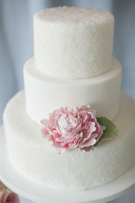 Simple Doesn't Mean Boring. These Elegant Wedding Cakes