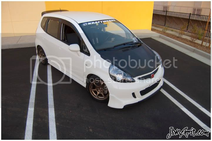 Strapped up with a fat lip. - Unofficial Honda FIT Forums