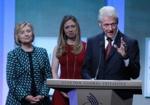 The Clinton family. (Jin Lee/Bloomberg)