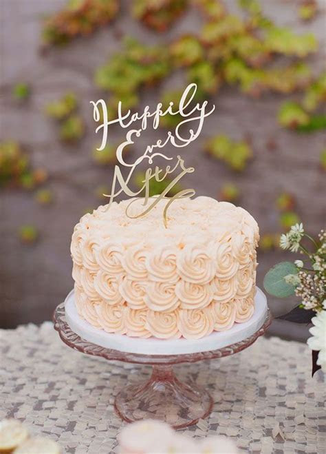 Delicious Small Wedding Cakes Which Are So Cute That They
