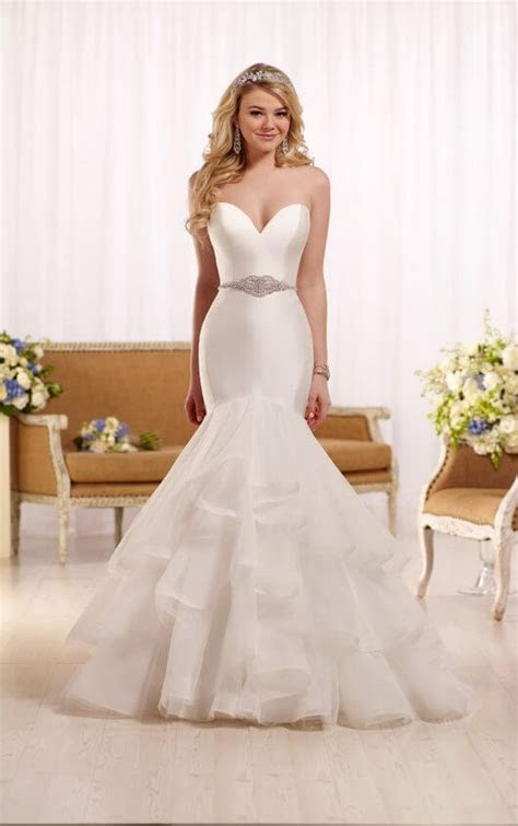 Fit and flare wedding dress with sweetheart neckline