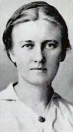 Esther Faering
