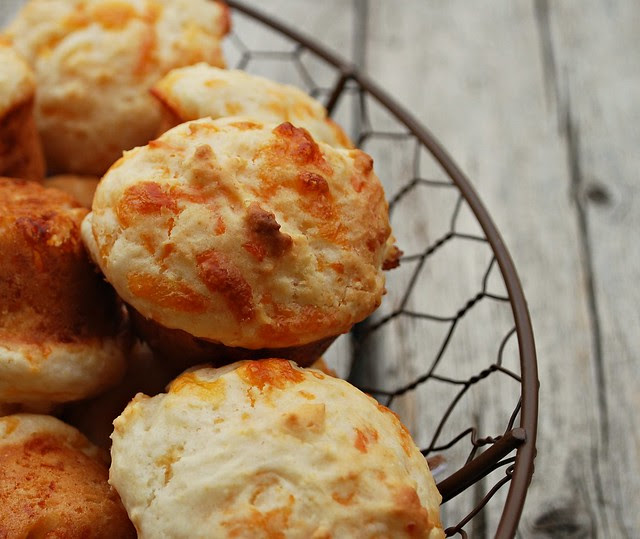 Mini Cheesy Biscuits1