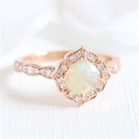Mini Vintage Floral Ring in Scalloped Band w/ Opal and