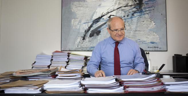El expresidente de la Generalitat, en su despacho
