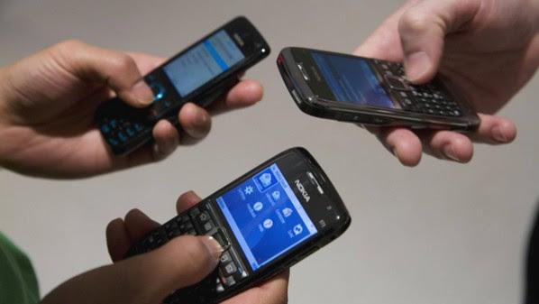لا تعني قواعد استخدام الهواتف المحمولة أن التكنولوجيا مضرة أو سيئة، لكن تشير إلى حاجتنا لاختيار أسلوب استخدامنا لها
