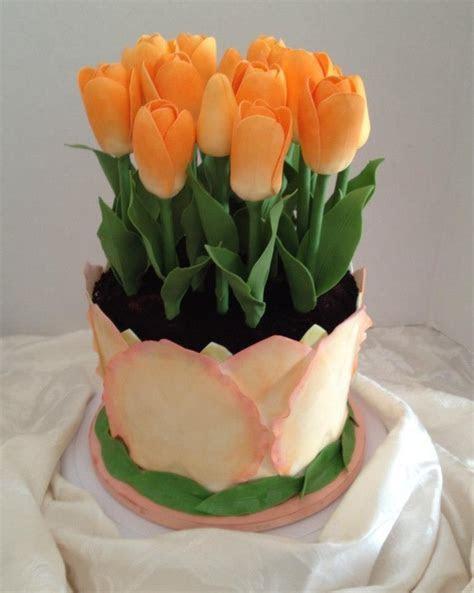 Best 25  Tulip cake ideas on Pinterest