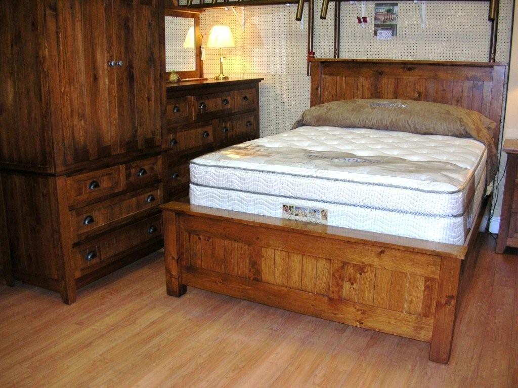 Inspiring Rustic Bedroom Decor Ideas - HomesFeed