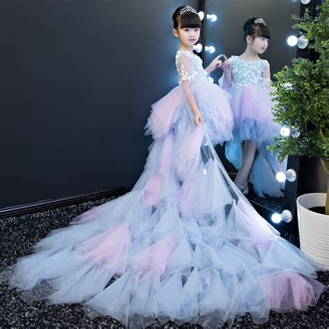 2017 European Luxury Elegant baby girls elegant train