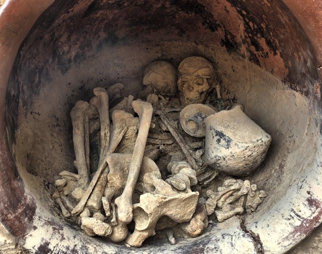 Ajuar funerario en La Almoloya