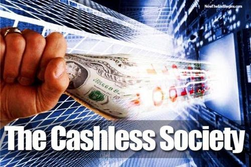 """""""Deberíamos estar preocupados"""": la guerra contra el efectivo es algo real"""