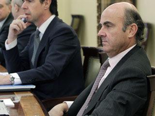 Ver vídeo  'De Guindos prevé que la economía española entrará en recesión en 2012'