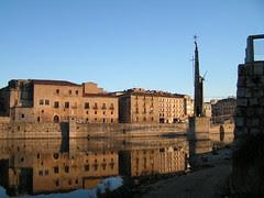 Tortosa: Palau Episcopal i monument franquista de la Batalla de l'Ebre
