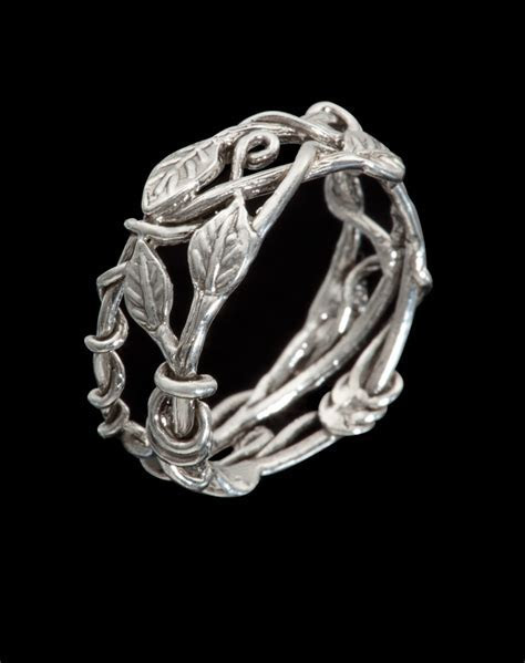 VINE & LEAF RING SZ 7 1/4   ART JEWELRY BY POPPY