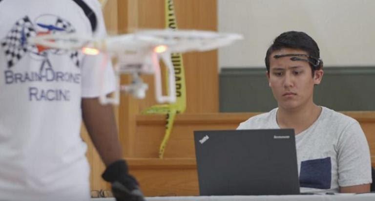 droni-controllati-col-pensiero