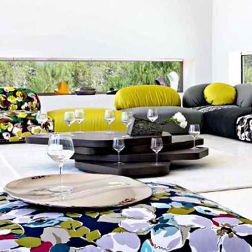 little cute splice lounge table