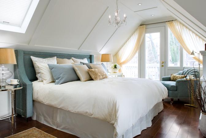 Suzie: Brandon Barre Photography - Blue & yellow bedroom design with blue velvet wingback ...