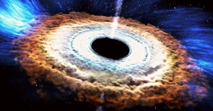 Astrônomos encontram novo tipo de supernova formada por buraco negro comendo uma estrela de dentro