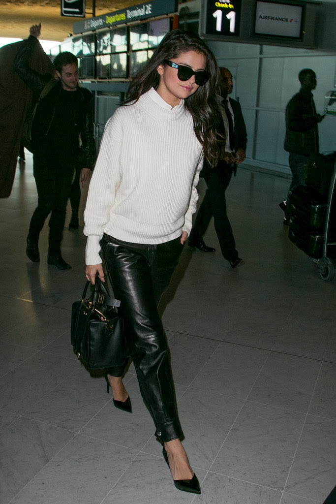 21 Times Selena Gomez's Airport Outfits Were Comfy and Chic