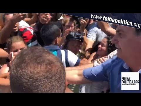 """Bolsonaro é ovacionado aos gritos de """"mito"""" em Salvador. Veja vídeo"""