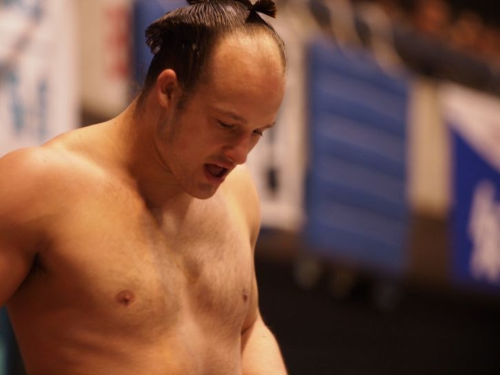 peleador de sumo extranjero