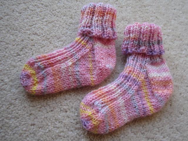 Baby socks for Evie (2)