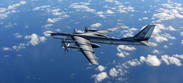 Rusia deja en tierra sus bombarderos Tu-95 tras incendiarse uno de ellos