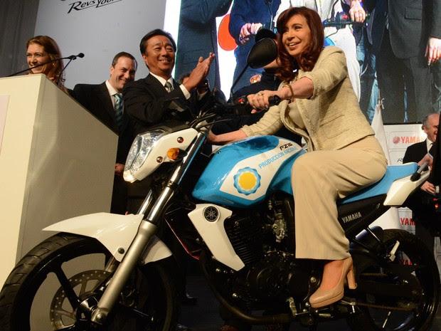 Cristina Kirchner inaugurou na quarta (23) nova fábrica da Yamaha na Argentina (Foto: Divulgação/Casa Rosada)