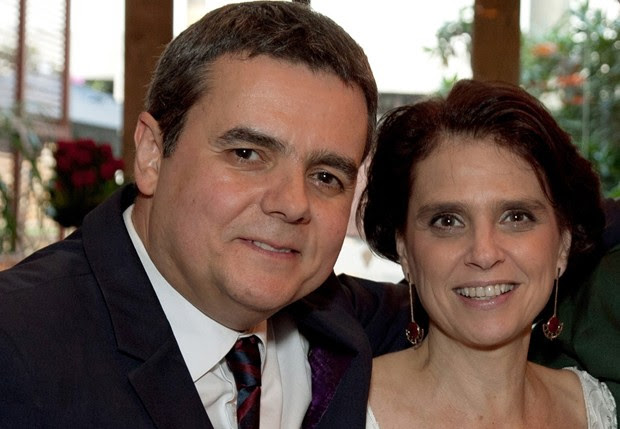 Lídia Brondi com Cássio Gabus Mendes (Foto: Divulgação)