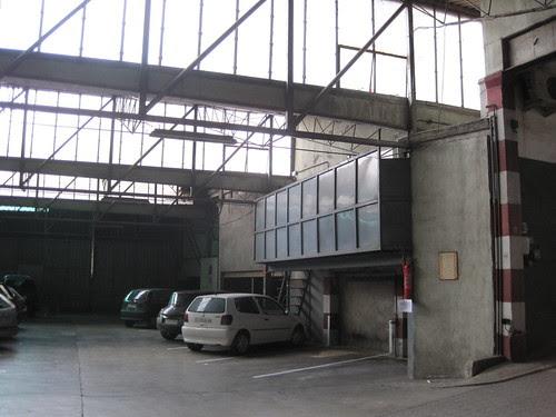 Garatge d'OLIVETRANS SA al carrer Canat de Banyoles (Pla de l'Estany)