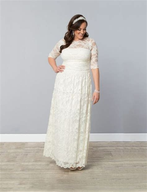 10 Stunning (and Affordable) Plus Size Wedding Dress