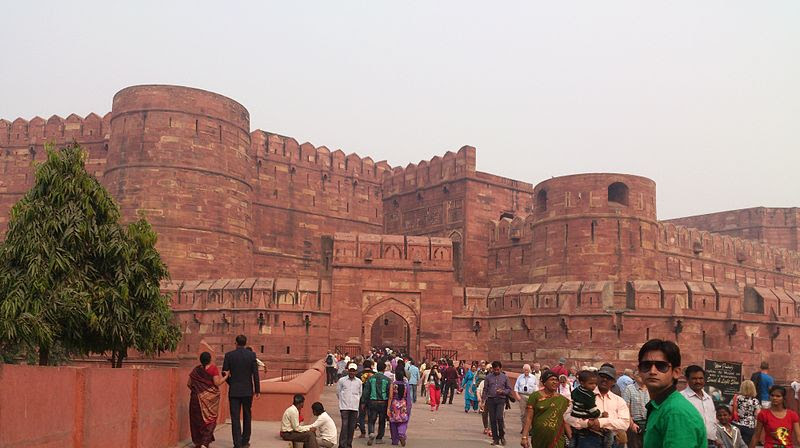 File:Agra Fort Entrance Gate.jpg