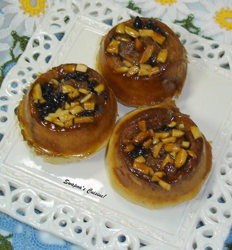 Sticky Nut Buns