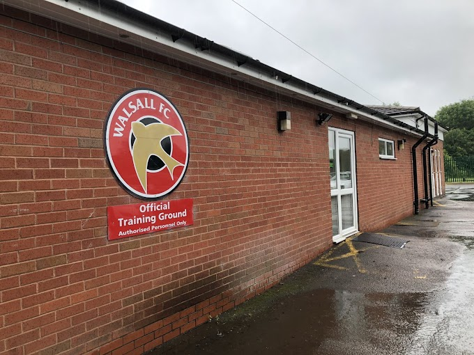Former Wolves Duo Training With the Saddlers