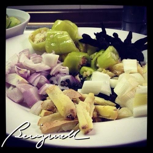 Cooking Ginataang Isda (Ginataang Tanigue)