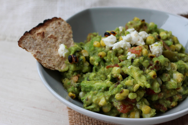Loves Food, Loves to Eat: Totally Grilled Guacamole