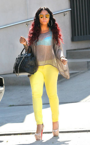LA Shopping - April 18, 2012, Ashanti