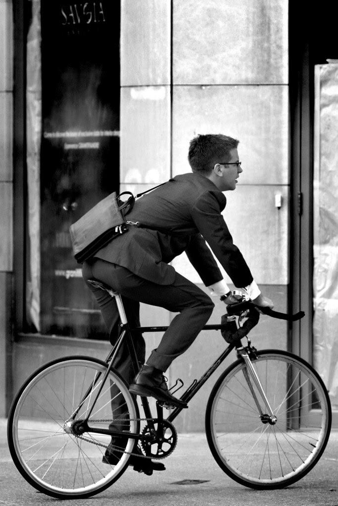 8985 suits ride fixies too!