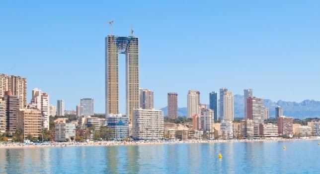 Arquitectos españoles se olvidan del ascensor en rascacielos más alto de Europa