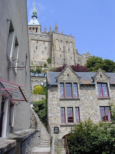 File:200506 - Mont Saint-Michel 27 - Street.JPG