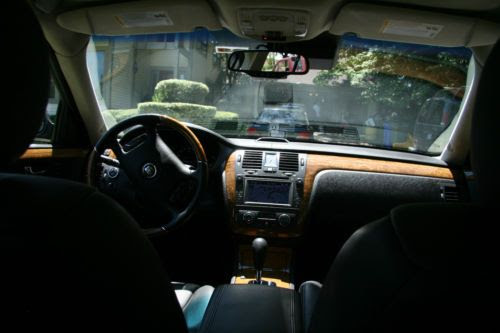 Sell used 2011 Cadillac DTS Platinum Edition Exceptional ...