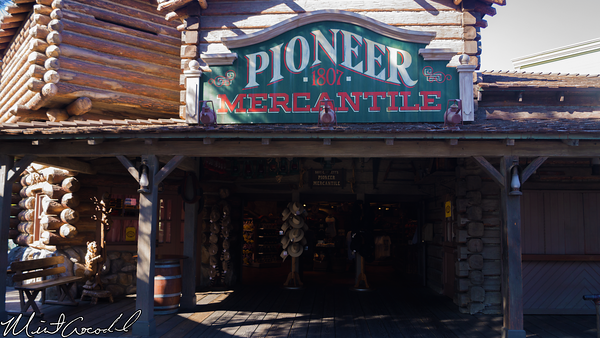 Disneyland Resort, Disneyland, Pioneer Mercantile