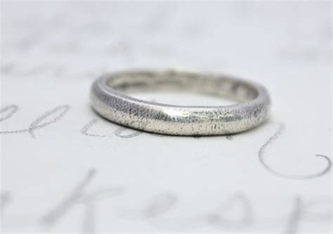 Wedding Bands: Simple Wedding Bands