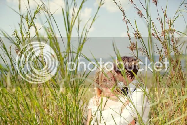 http://i892.photobucket.com/albums/ac125/lovemademedoit/FA_sharethelove_036.jpg?t=1304431455